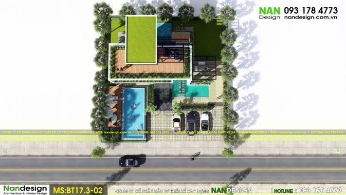 Căn biệt thự có vị trí mặt tiền đường nhưng vẫn được thiết kế với nhiều mảng xanh xung quanh nhà như cây cối, bể bơi, thảm cỏ tạo cảm giác gần gũi với thiên nhiên